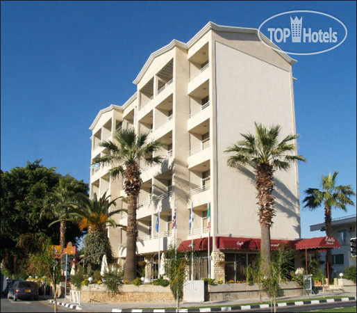 Meta title gallery gallery estella apts 3 for Top 20 hotels