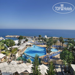 The Golden Coast Beach Hotel 4*