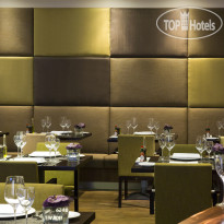 Фото отеля Crowne Plaza Amsterdam Schiphol 4* The restaurant serves a French cuisine