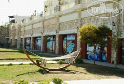 Blue Green Hotel (ex.Poseidon Suites) 3*