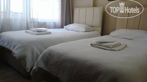 ���� 8 Rooms Suites Hotel No Category / ������ / �������