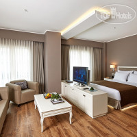 Фото отеля Renata Suites Boutique Hotel 4*