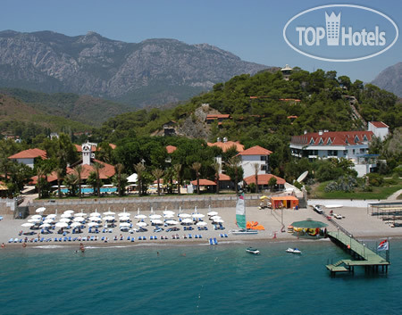 Halduns Beach Club 4*