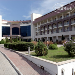 Intourist The Maxim Resort Hotel (закрыт)