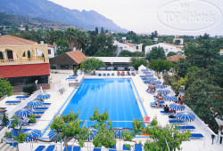 Riverside Holiday Village 4*