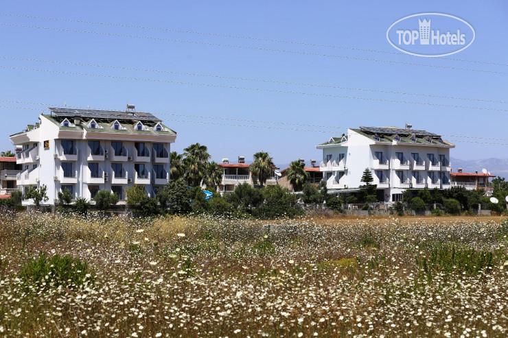 Ryma Hotel Side