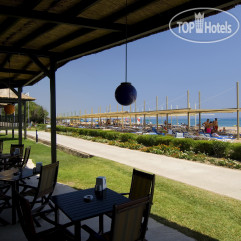 Blue Waters Club & Resort 5*