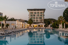 Фото отеля White City Resort 5*