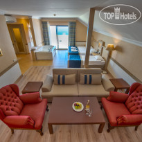 Utopia World Hotel 5* Terrace Suite - Фото отеля