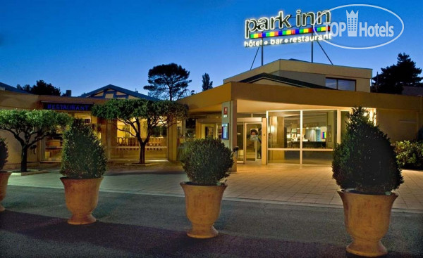 Park Inn by Radisson Orange 3*