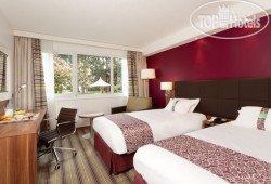 Holiday Inn Lille Ouest Englos 3*