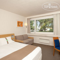 Фото отеля Holiday Inn Lille Ouest Englos 3*