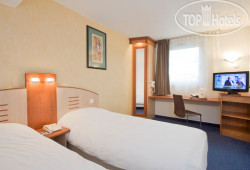 Holiday Inn Garden Court Clermont-Ferrand 3*