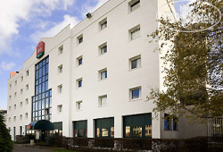 Ibis Le Bourget 3*