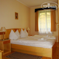 Фото отеля Maltezsky Kriz 4* Apartment bedroom