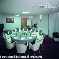 Фото отеля Holiday Inn Prague Congress Centre 4*