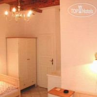 ���� ����� The Golden horse house 3*