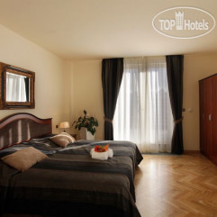 Elysee Apartments 4*