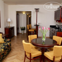 Фото отеля Elysee Apartments 4*