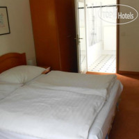 Фото отеля Pension Josefina 3*