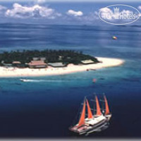 Фото отеля Beachcomber Island Resort 3*