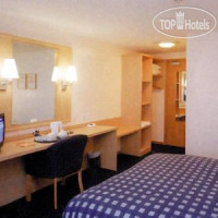 Фото отеля Travelodge Cork Airport 3*