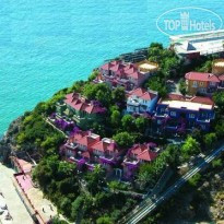 Larissa Hill Beach  5*