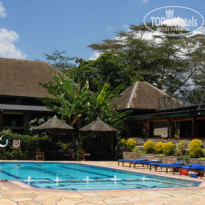 Фото отеля Lake Nakuru Lodge 4* Lake Nakuru Lodge, бассейн
