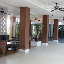 Фото отеля Woodlands Hotel & Resort 4* Лобби
