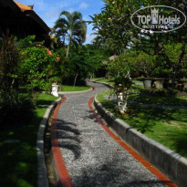 Фото отеля Sadara Boutique Beach Resort Bali 3* Сад