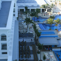 Фото отеля Riu Cancun 5* Бассейны