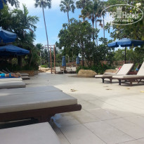 Фото отеля Jomtien Palm Beach 4* возле бассейна