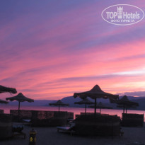 Фото отеля Movenpick Resort Taba 5* Закат на пляже!