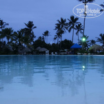 Фото отеля Punta Cana Princess All Suite Resort & Spa 5* Бассейн вечером