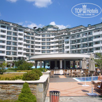 Фото отеля Emerald Beach Resort Spa & Apartments 5* Бар