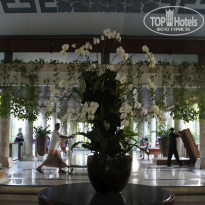 Фото отеля Nusa Dua Beach Hotel & Spa 5*