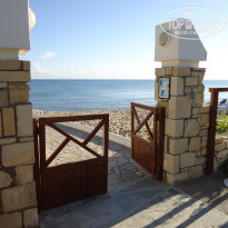 Фото отеля Aldemar Cretan Village 4* Калитка на пляж:)