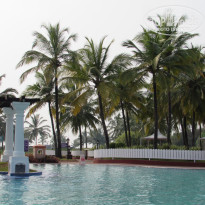 Фото отеля Holiday Inn Resort Goa 5* Бассейн.