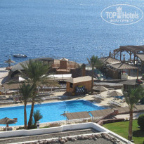 Фото отеля Pyramisa Sharm El Sheikh Resort  5* Бассейн на пляже