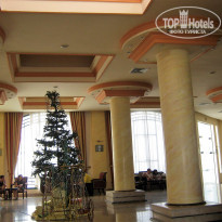 Фото отеля Royal Paradise Resort 4* Холл отеля