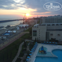 Территория отеля Radisson Blu Paradise Resort & Spa