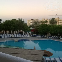 Фото отеля Paphos Gardens Holiday Resort 3* вид из номера 1