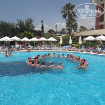 Фото отеля Insula Resort & Spa 5* Водная аэробика
