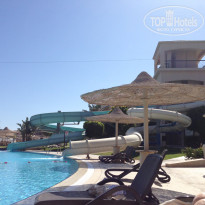 Фото отеля Coral Sea Holiday Village Resort 5*