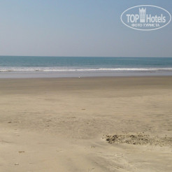 Пляж Ashvem Beach Inn