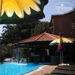 Территория отеля The Baga Marina Beach Resort & Hotel