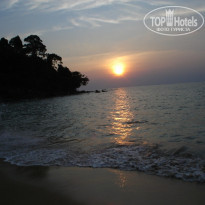 Фото отеля Khao Lak Sunset Resort 3* пляж на закате