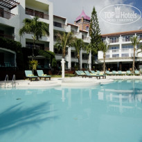 Фото отеля Talay Karon Beach Resort 3* Building & Pool
