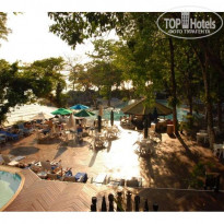 "Фото отеля Century Langkawi Beach Resort 5* Бассейн у ""пляжа"""