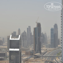 Фото отеля Four Points by Sheraton Sheikh Zayed Road 4* Вид с крыши